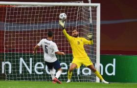 PSG Berikan Tawaran Menarik Bagi Donnarumma