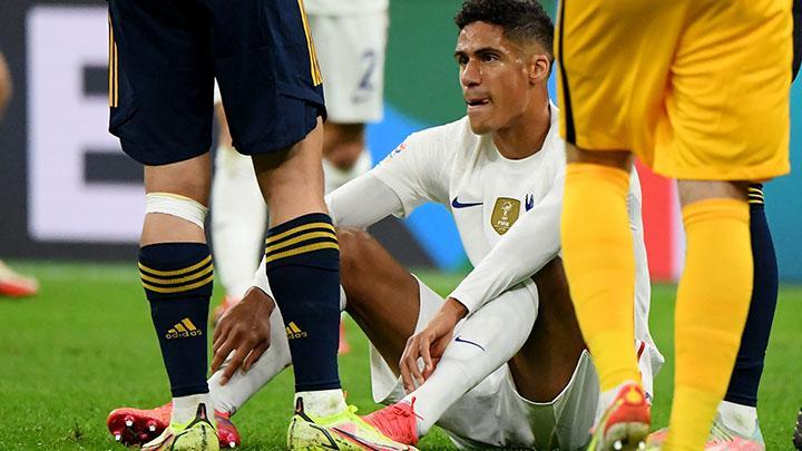 Raphael Varane Cedera Yang Memastikan Kabar Buruk Buat MU